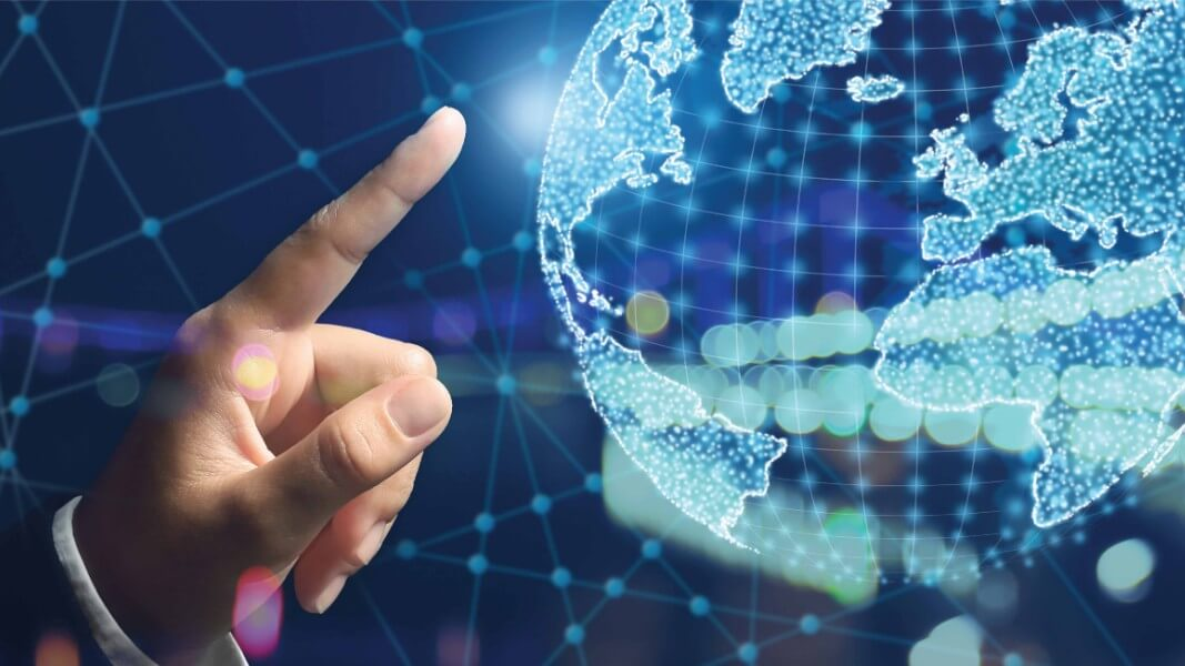 Leveraging Unified Communications Model for enabling innovative customer Services